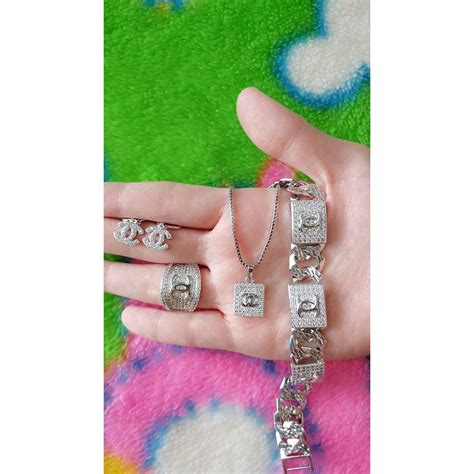 Set Perhiasan Xuping Chanel xuping set perhiasan lapis emas channel silver elevenia