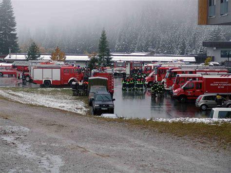 Bungsplatz Auto by Bundesheer Aktuell Gro 223 E Feuerwehr 252 Bung In Hochfilzen