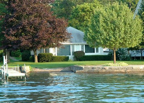 cottage rentals finger lakes canandaigua lake vacation rentals shores finger