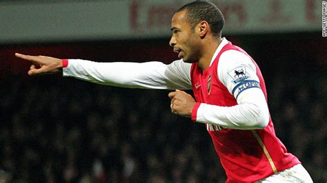 arsenal all time top scorers wenger considers bringing back henry cnn