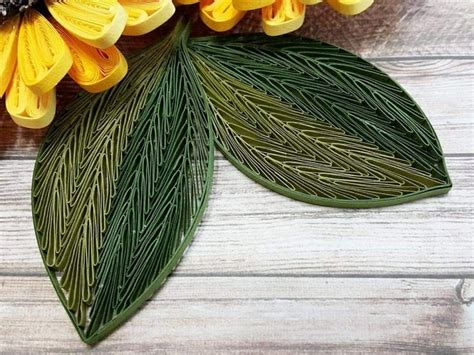 quilling leaves tutorial 96 best quilling leaves images on pinterest