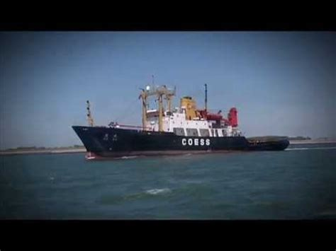 biggest tugboat in the world super tugs the biggest strongest quot smit rotterdam quot quot deda