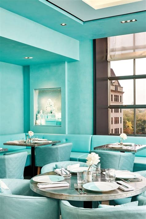 American Classics Vanity Tiffany Amp Co Opens A Blue Box Cafe In New York Buro 24 7