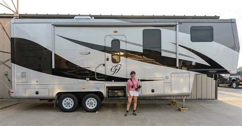 Painting 5th Wheel Trailer by Space Craft Rv Factory Tour Custom 5th Wheels Made To