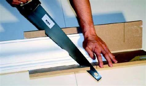 comment poser une corniche au plafond gypsum