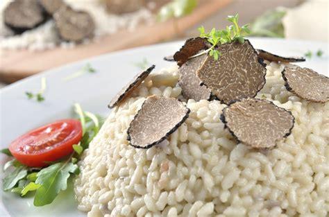 cucinare il riso nero come cucinare il risotto al tartufo nero ricetta