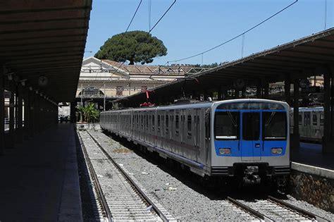 ufficio informazione trenitalia treno roma lido fermate orari e prezzo per raggiungere il