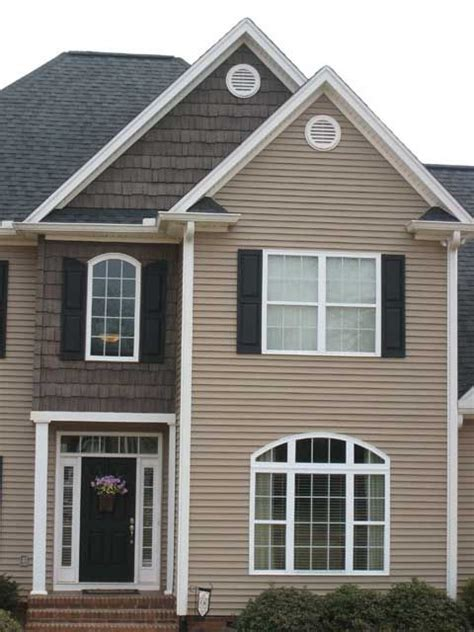 siding houses 1000 ideas about vinyl shake siding on pinterest shake siding vinyl siding and