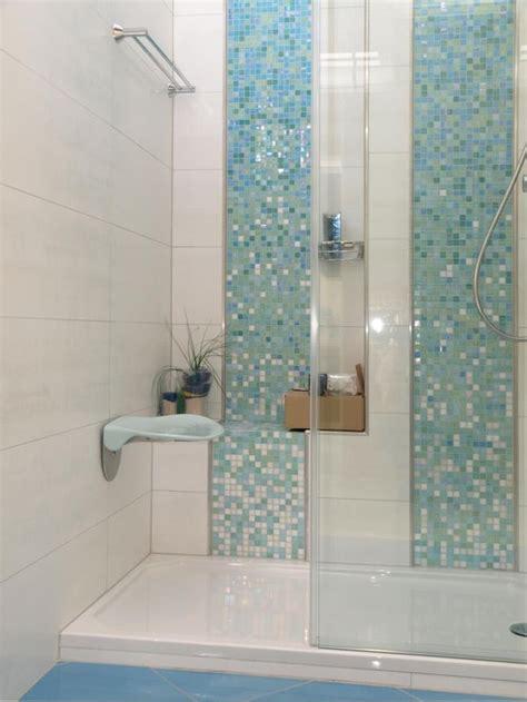 bathroom tile designs small bathrooms 1000 ideas about small bathroom tiles on