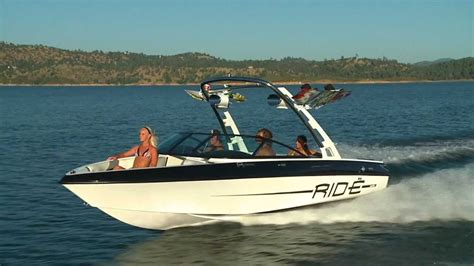 malibu boat rides 2013 malibu boats 21 ride iboats youtube
