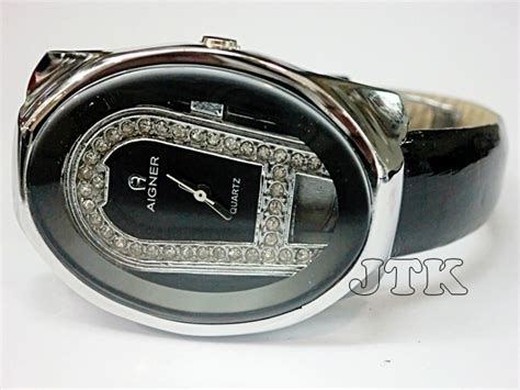 Jam Tangan Wanita Cewek Aigner Sk77 Leather Black jam tangan aigner oval silver leather rp 200 000