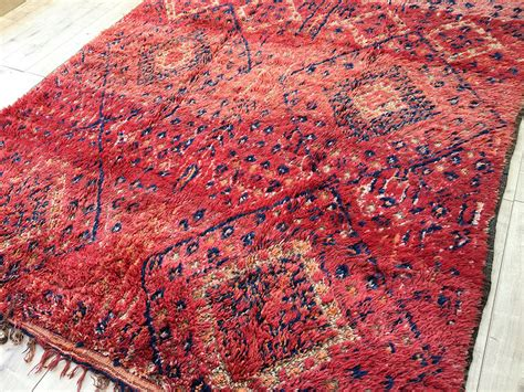 tapis rug east unique vintage moroccan rug tapis berbere beni mguild 320x200cm bg 015