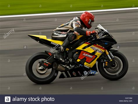 Yamaha Yzf R6 Stock Photos & Yamaha Yzf R6 Stock Images   Alamy
