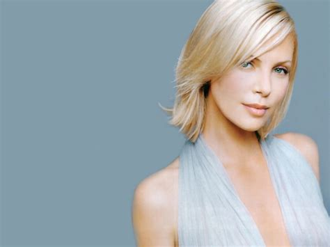 Charlize Theron Pretends To Model by Model Charlize Theron Wallpapers 6590