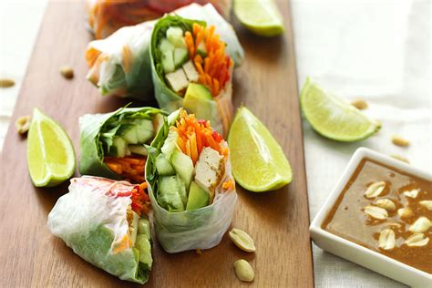 How To Make Vegetarian Rice Paper Rolls - rice wraps recipe