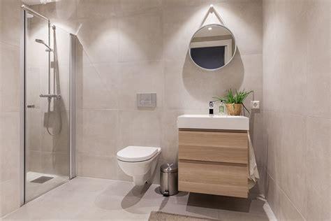 mobili bagno legno chiaro arredo bagno moderno tante idee per uno stile minimal