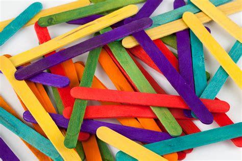 canastas de palitos madera de colores divertidas manualidades para preescolar ni 241 os felices