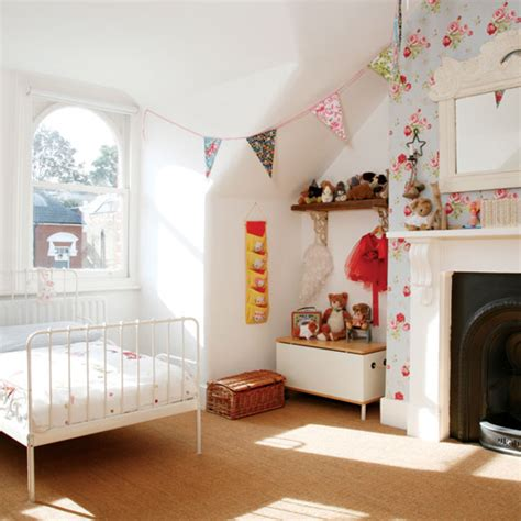 wallpaper kids bedrooms children s wallpapers i m in love room envy