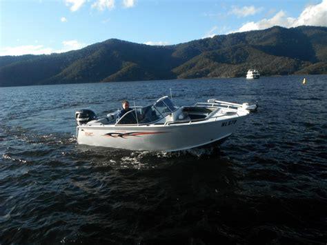 bow wander boat wanderer