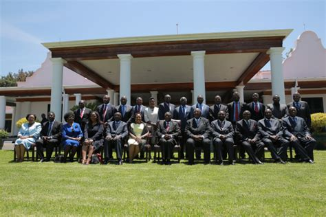 the president s cabinet includes 28 images president