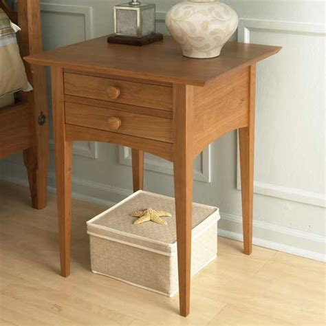 pencil post bed nightstand woodworking plan  wood magazine