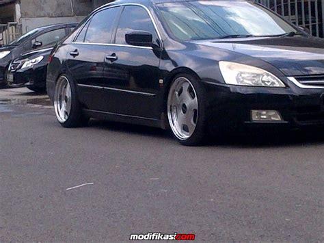 Kanvas Rem Mobil Honda Accord sale honda new accord vtil 2003 hitam istimewa with
