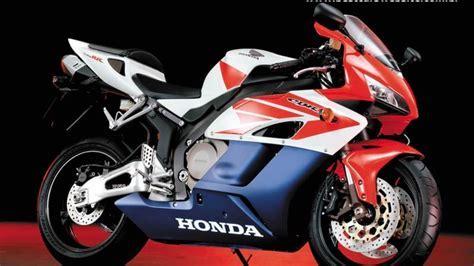 Honda motorbikes cbr 1000 rr wallpaper   (119446)