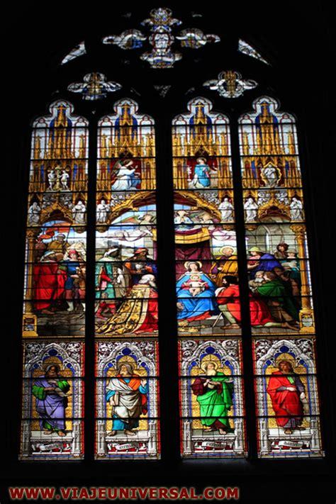 imagenes vidrieras goticas vidriera nacimiento de cristo de la catedral de k 214 ln o