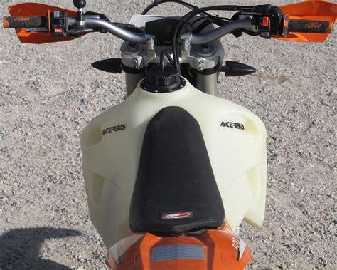 Acerbis Ktm Tank Acerbis 4 1 Gallon Large Capacity Gas Tank Dirt Bike Test