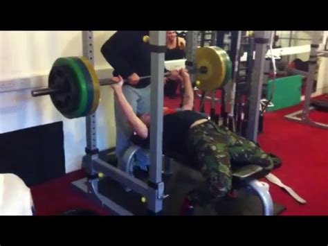 how to get stronger bench press how to improve bench press bigger chest jay farrant