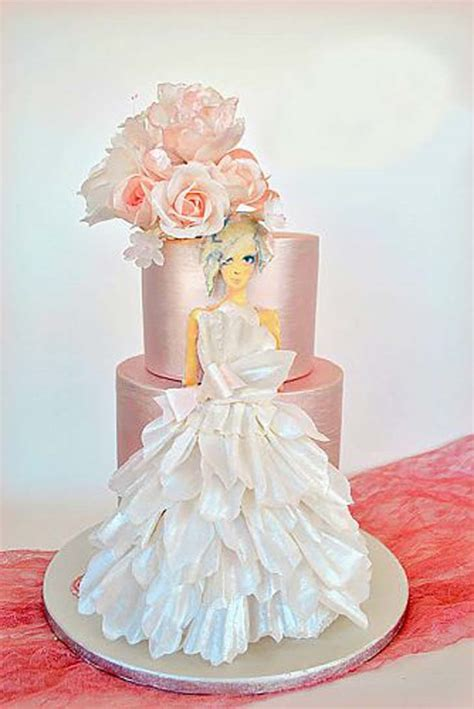 Wedding Cake Dress by 10 Stunning Wedding Dress Cakes For Your Bridal Shower