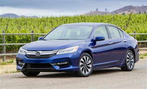 Honda Hybrids Refreshed 2017 Honda Accord Hybrid Pricing Rises By 300