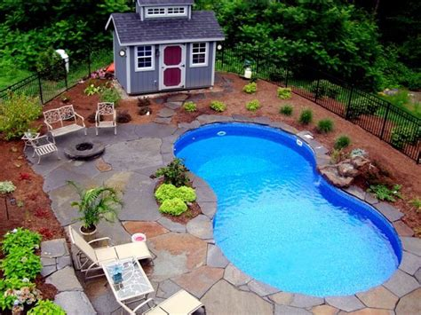 Pool Landscaping Ideas On A Budget Small Backyard Inexpensive Pool Roselawnlutheran