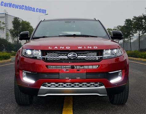 land wind e32 photos of the landwind x7 china s clone of the range