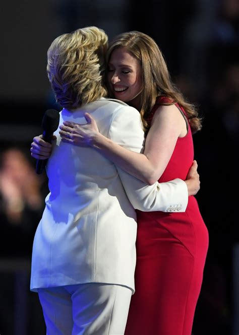 chelsea clinton boating accident clinton accepts nomination for president ktul