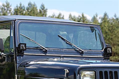 jeep yj lights jeep wrangler yj 87 1995 lower windshield led light