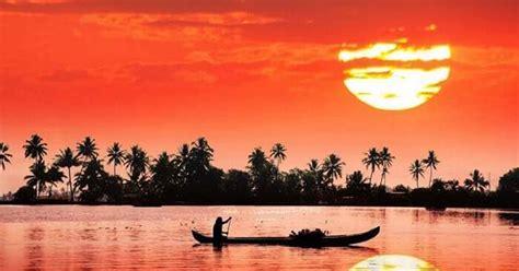 tourist places  visit  kerala  list