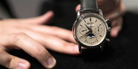 How To Spot A Fake Luxury Watch   Business Insider