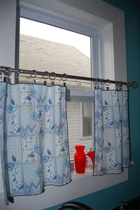How To Make Cafe Curtains For Kitchen Cobble Cloth Napkins To Cafe Curtains The Cobbled House