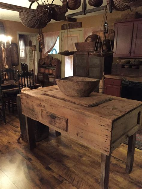 primitive kitchen island 25 best ideas about primitive kitchen on pinterest