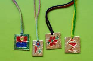 elisaveta foil pedant craft for kids izrabotki