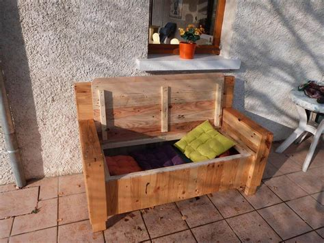 wooden pallet sofa pallet sofa with built in storage space 101 pallet ideas