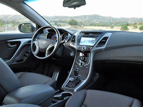 Hyundai Elantra 2015 Interior by 2015 Hyundai Elantra Pictures Cargurus