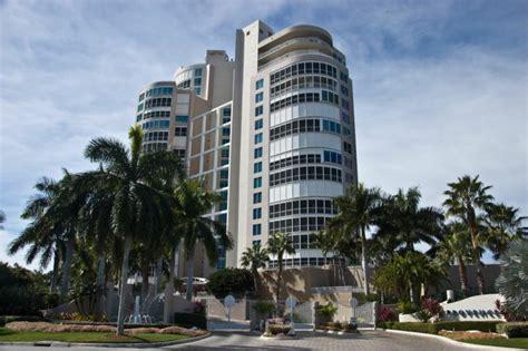 luxury boat rentals naples fl naples luxury highrise condominium provence parkshore