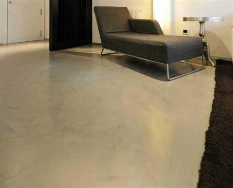 pavimento grigio chiaro pavimento in microcemento di pavimenti moderni