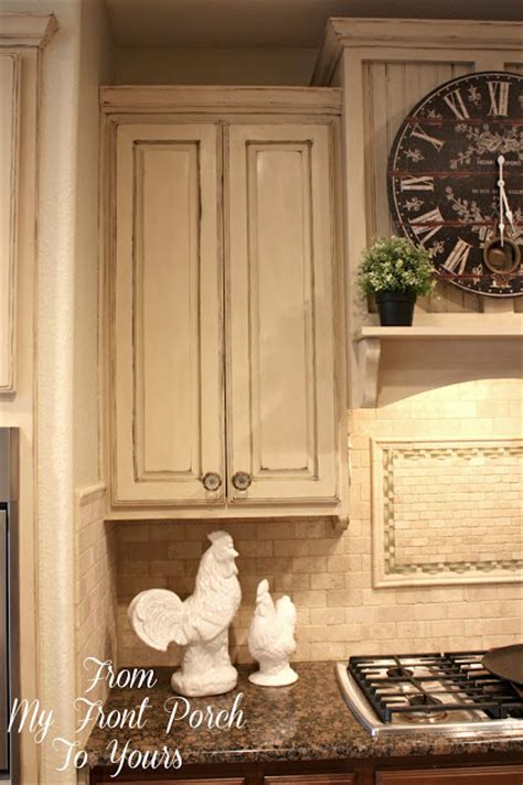 sloan chalk painted kitchen cabinets from my front porch to yours kitchen cabinet painting