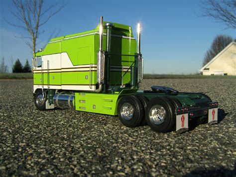 Custom Big Rig Sleepers by Top Used Tractor Trailer Trucks Wallpapers