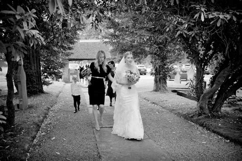 Reportage Photography by Featured Wedding Photographer Docuwedding Wedding
