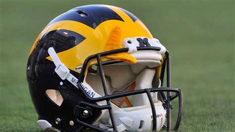 michigan football colors michigan florida wearing unique color uniforms for