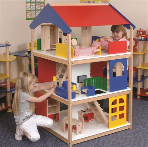 doll house play giant dolls houseme and freya